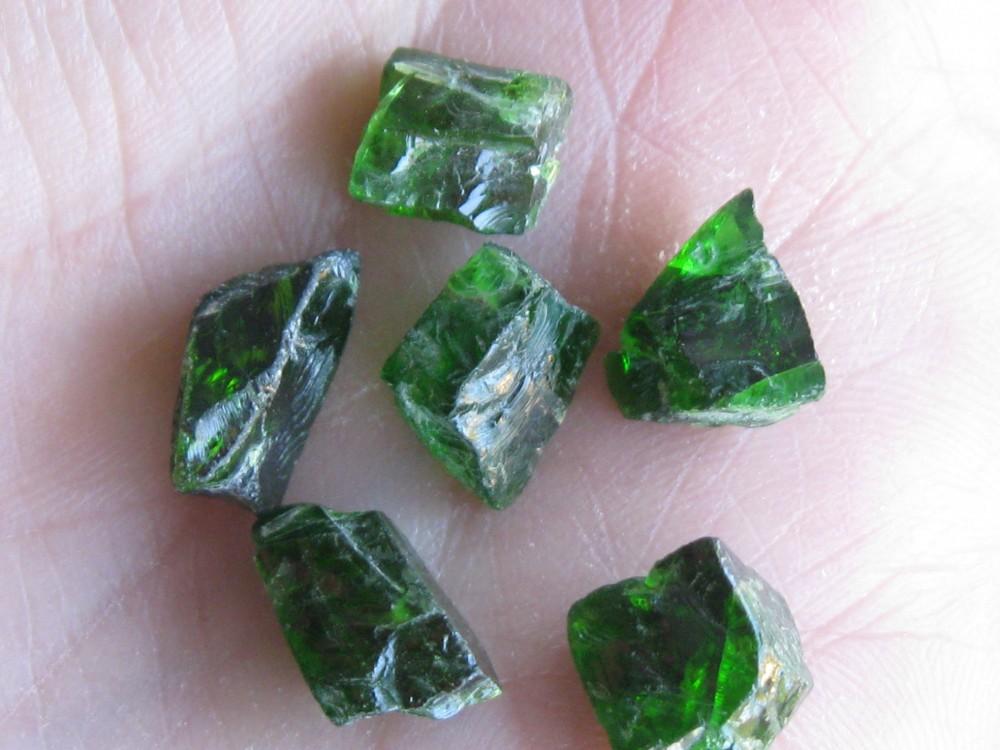 Diopside stones