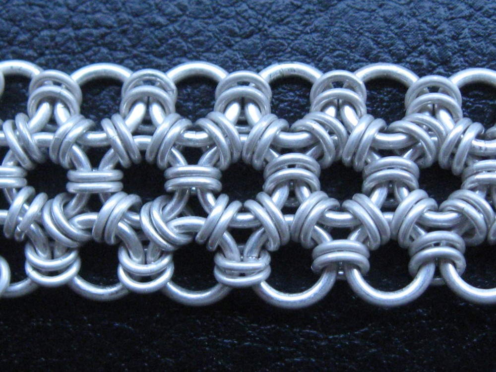Japanese 12 in 1 chainmaille model
