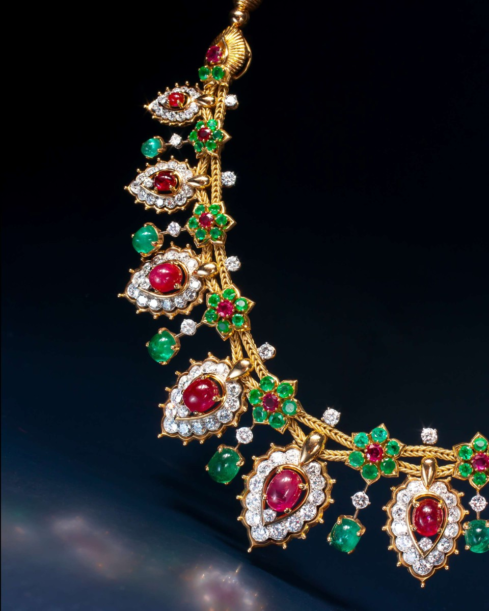 Van Cleef & Arpels Necklace of Oriental Inspiration – 18kt. gold, platinum, emerald, rubies, brilliant cut diamonds.