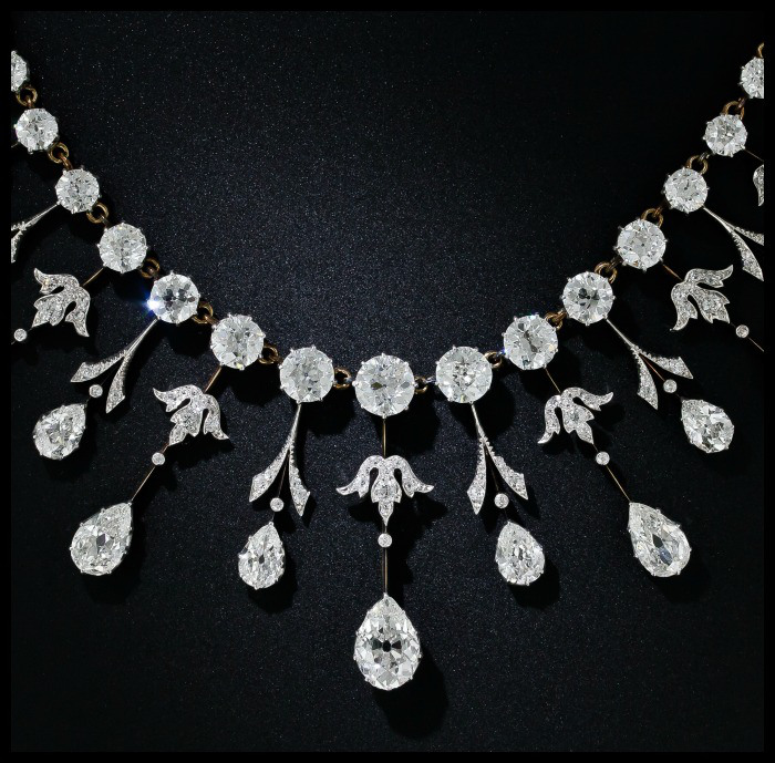 The Edwardian Queen Necklace